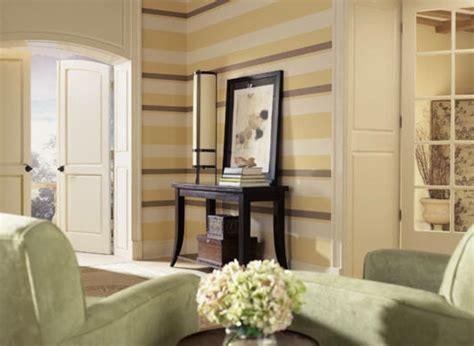 gelbe und braune wohnzimmer ideen wohnzimmer streichen 106 inspirierende ideen archzine net