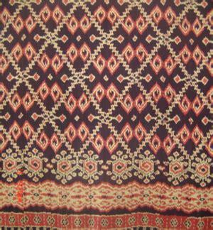 Kain Tenun Blangket Putih Motif Kalimantan cara pembuatan tenun ikat kota kediri tenun