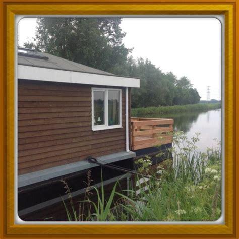 woonboot en ligplaats te koop woonboot aan het schildmeer betonnen bak vaste ligplaats