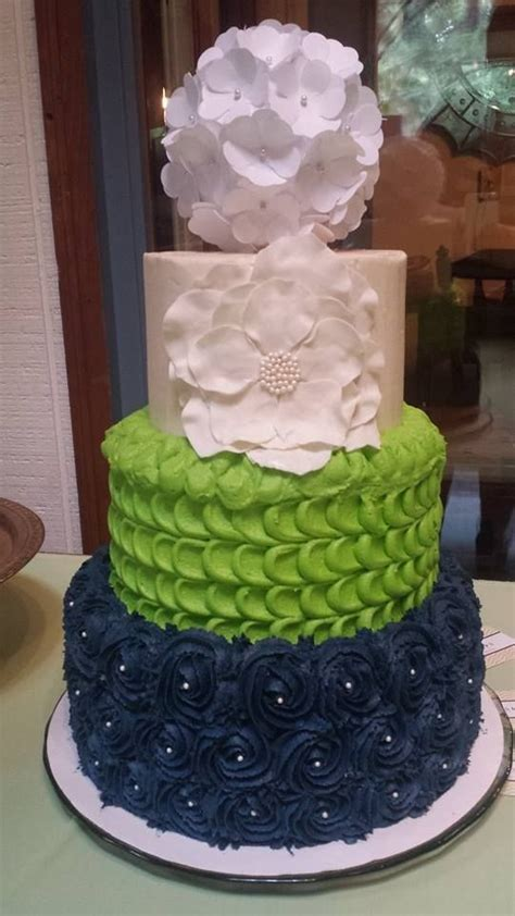 Seahawks themed wedding cake made by Jessica Guess with