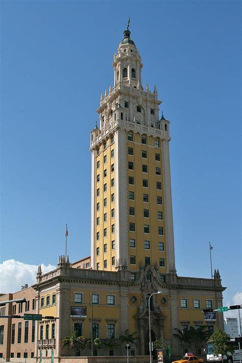 freedom tower miami  la torre de la libertad en miami  flickr