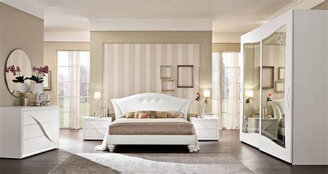 letti eleganti emejing camere da letto eleganti gallery acrylicgiftware