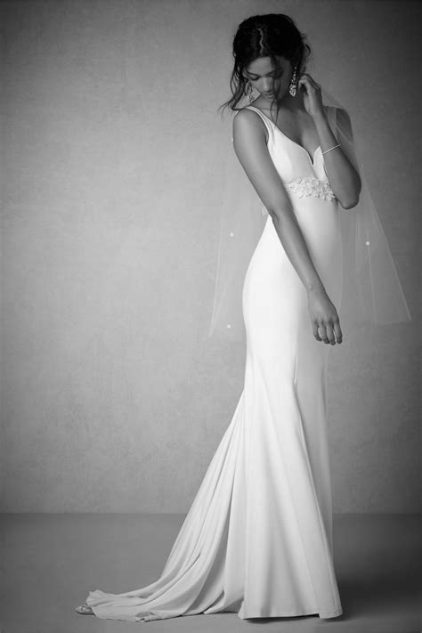 Simple Classic Satin Wedding Dresses Plunging Sweetheart Neckline Empire Waist Mermaid Bridal