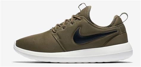 Sepatu Nike Roshe Run Slip On Go Pink Running nike roshe two release date sneaker bar detroit