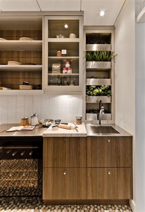 Garden Kitchen Decor Stunning Herb Gardening For Beginners Decorating Ideas Gallery In Kitchen Contemporary Design Ideas