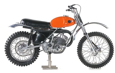 classic motocross bikes triumph thought experiment