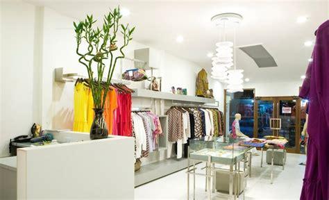 layout toko butik menarik pelanggan dengan display toko yang nyaman