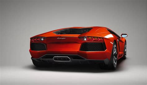 Rent A Lamborghini In Italy Rent Lamborghini Lp 700 4 In Venice It