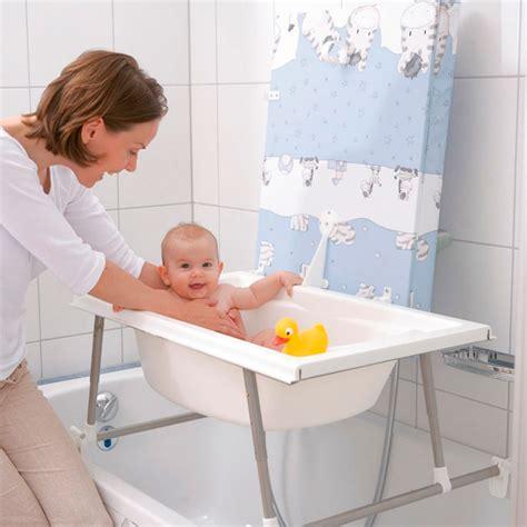 baignoire support baignoire bebe poser sur baignoire adulte