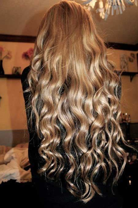 tongs hairs style 25 best curly hairstyles long hairstyles 2016 2017