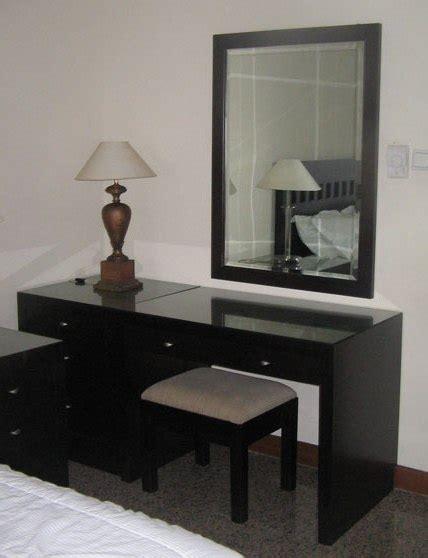 Meja Aquarium 2nd Kondisi Mantap furniture minimalis meja rias minimalis