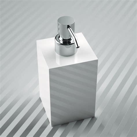 porta sapone liquido plexiglas arredamento ed oggettistica per una casa unica
