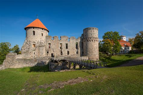 cesis medieval castle entergauja
