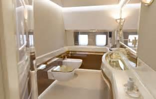 imagens do interior do novo avi 227 o de putin caem na internet