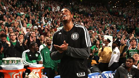 Robert Covington Bigman Mba Live Mobile by Paul Happily Watches His Tribute Nbaimages