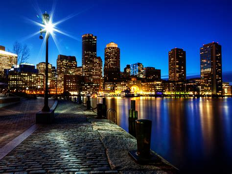 Manhattan Wall Mural boston night skyline wallpaper conservatives see a