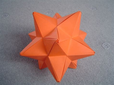 Stellated Dodecahedron Origami - modular origami spiky balls and stellated polyhedra