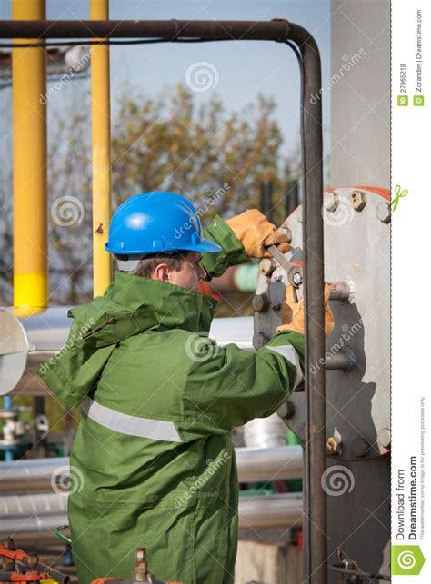 gas production operator royalty free stock photos image