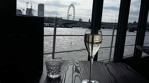 yacht london the yacht london restaurant what s hot london