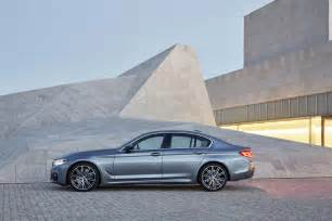 Bmw 550i 2017 Bmw 5 Series Sedan Look Review Motor Trend