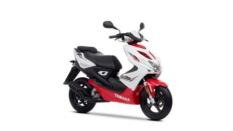 Yamaha Aerox Type S White Bekasi aerox r 2013 scooters yamaha motor uk