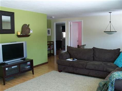 painting walls 2 different colors how to separate zones sharing the same floor space using