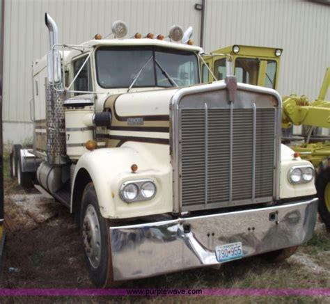 kenworth wa semi tractor item  sold novembe