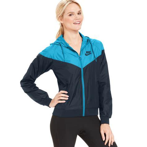 Jaket Nike Parasut Windrunner Blue lyst nike colorblocked hooded windrunner jacket in blue