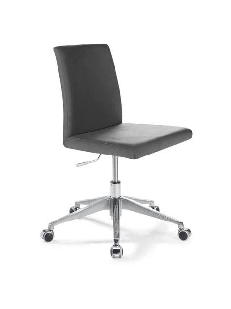 sedie ufficio treviso sedia ufficio con alzata regolabile con seduta in pelle