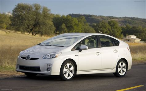 Are Toyotas Cars 2010 New Toyota Prius Widescreen Car Wallpapers 02