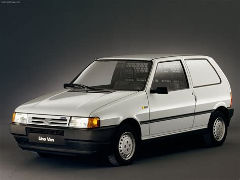 fiat uno overview
