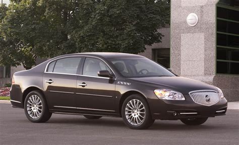 2008 buick lucerne car and driver