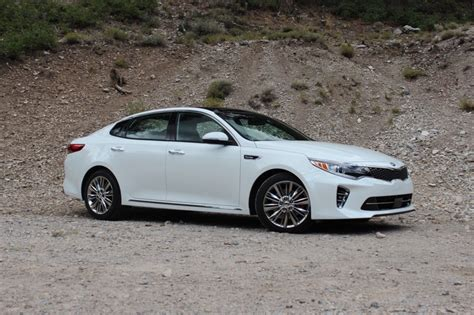 Kia Optimas 2016 Kia Optima Drive