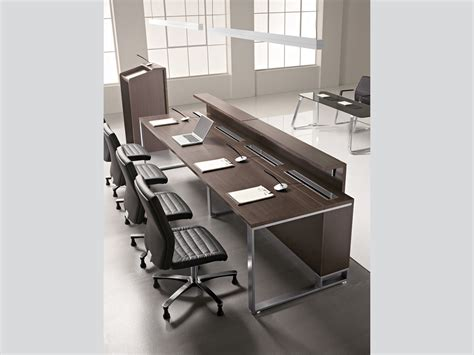 tavolo conferenze sala conferenza e sale corsi tavoli porta pc proposte