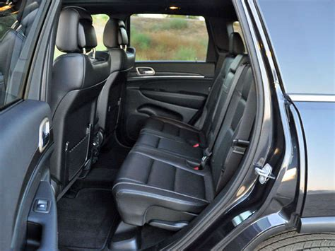 Jeep Grand 3 Car Seats 2015 Jeep Grand Ecodiesel Review And Spin