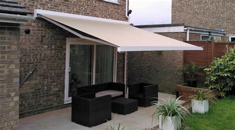 patio sun awnings patio awnings sun awnings outdoor awnings
