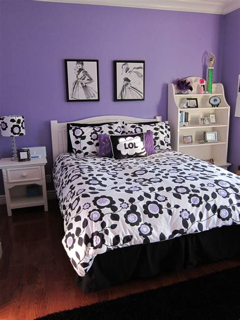 Purple Bedroom Ideas For Teenage Girls A Teen Bedroom Makeover Lori S Favorite Things