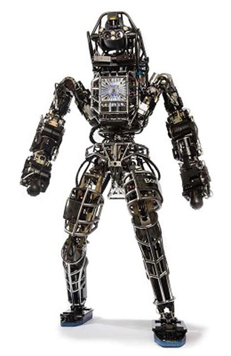 boston dynamics big atlas robot stalks the woods near boston dynamics gadizmo