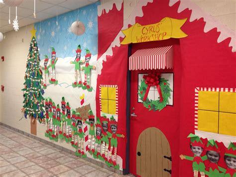 christmas ideas for decoratingfor the kg pper classroom door santa s workshop my classroom classroom door