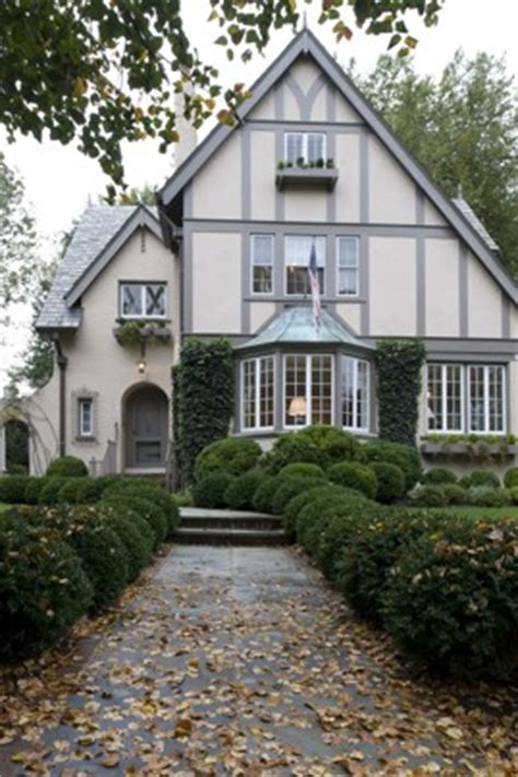 tudor house exterior on