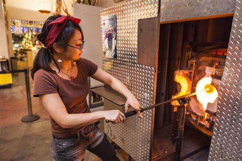 great glassblowing studios  visit  seattle