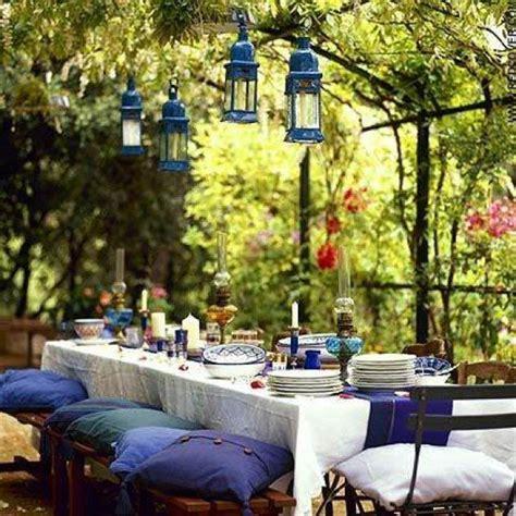 Backyard Dining by 30 Delightful Outdoor Dining Area Design Ideas