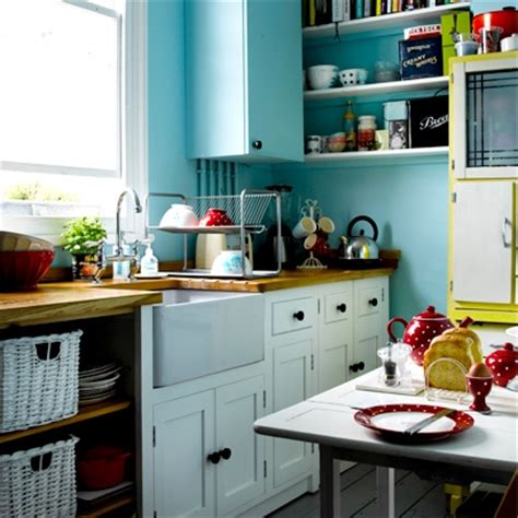 kitchen decorating ideas uk how to make the most of a small kitchen kitchen ideas decorating