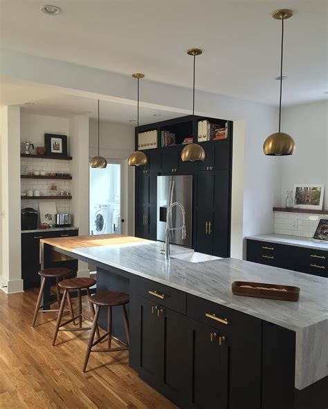heritage wood island in black walnut modern kitchen 2281 best kitchen backsplash countertops images on