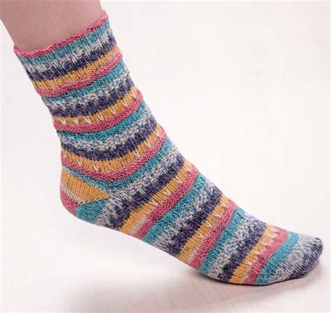 how to knit socks with needles how to knit socks from a newbie s needles