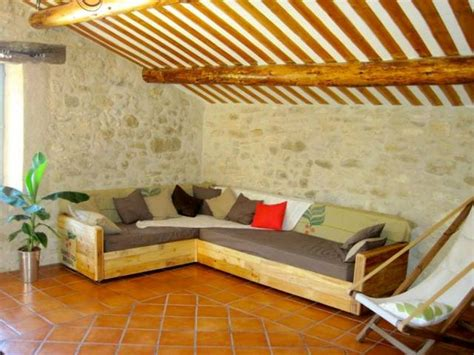 Sectional Made Out Of Pallets by Pallet Corner Sofa Plans Pallet Wood Projects