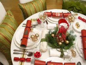 christmas decorations 5 ways to decorate your holiday table on a budget squawkfox