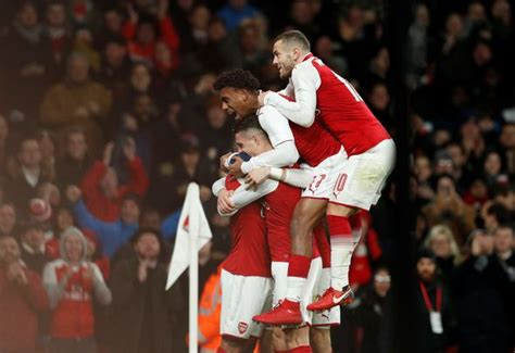 arsenal carabao cup arsenal 2 1 chelsea as it happened gunners through to