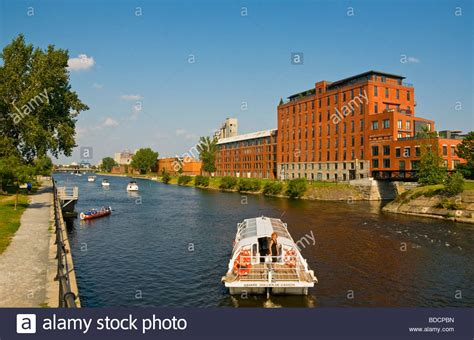 excursion boat sightseeing along canal lachine montreal - Free Boats Montreal