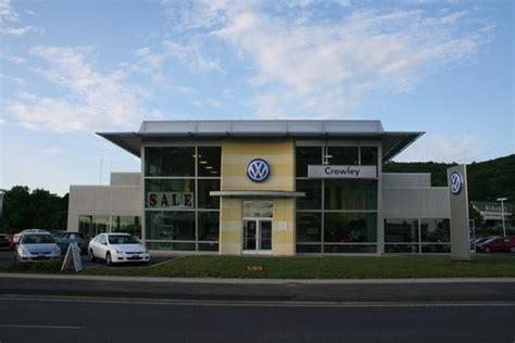 crowley volkswagen plainville ct   car dealership  auto financing autotrader